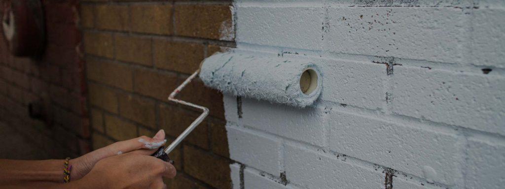 Comment peinturer et entretenir l'extérieur de votre bâtisse commerciale