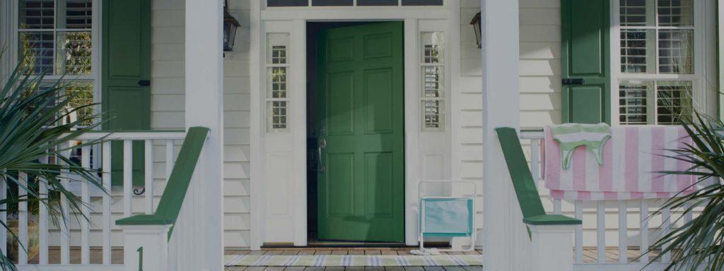Comment peindre vos portes et fenêtres extérieures et quels produits choisir