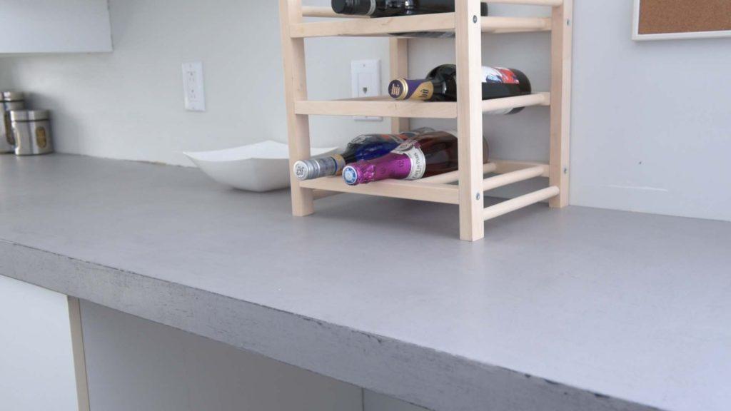 Comment fabriquer simplement un comptoir de b ton colobar - Faire un comptoir en beton ...